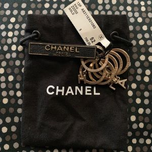 ChANEL GOLD LOGO CHARM RING SET